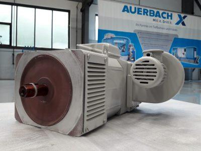 VEB Elektromotorenbau Gleichstrommotor MFD r 100.2-F02 + VEB Elmo Typ 1255.1