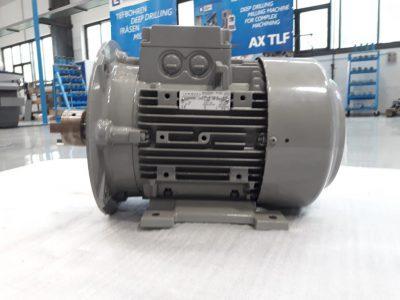 Lammers Drehstrommotor 7AA 132M-04