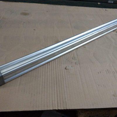 Festo Pneumatikzylinder DNU-32-770-PPV-A (inkl. 2 Reedkontakte)