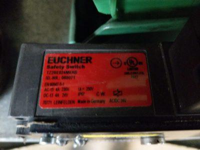 Euchner Sicherheitsschalter TZ2RE024MVAB (rechte Ausführung)