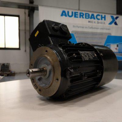 Siemens Drehstrommotor Flanschmotor 1LA7083-6AA12-Z