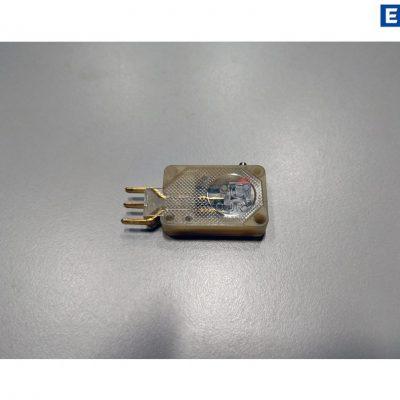 VEB Robotron Kleinmikrotaster C8