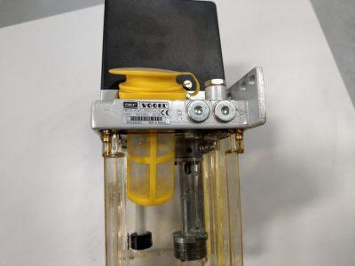 Vogel SKF Zentralschmierpumpe / Einleitungspumpe MKU2-KW3-20001+428