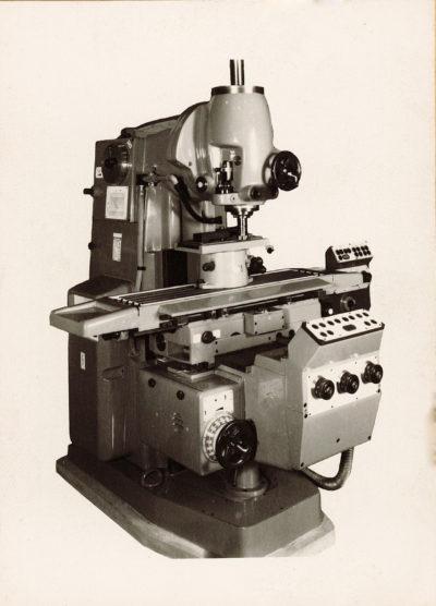Universal-Konsol-Fräsmaschine AUERBACH WMW Fritz Heckert FSS 250x1000 Bedienanleitung als Download